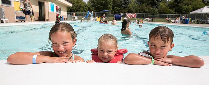 Children enjoying a swim day at Grosvenor Pool