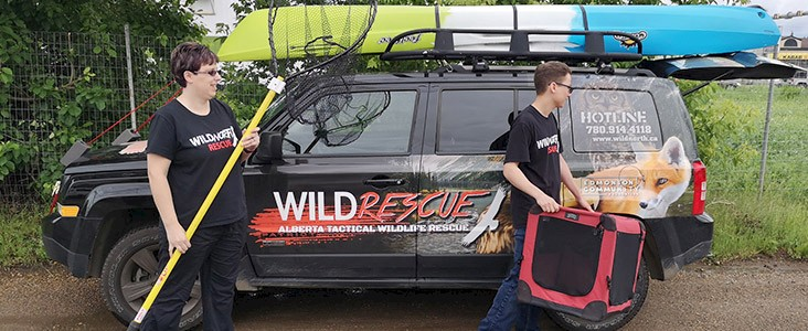 WILDNorth Rescue Employees and Vehicle